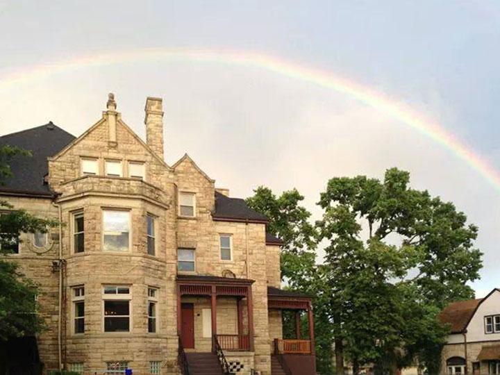 1907875_OakSt-Rainbow